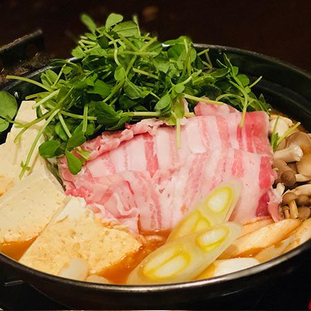 豚バラと豆苗のコリアン鍋